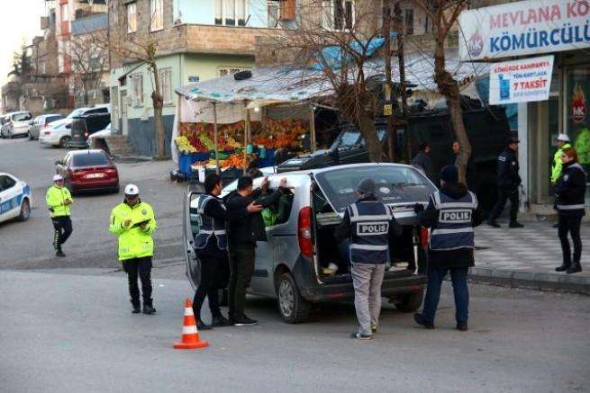 570 polisin katılımıyla helikopter destekli uyuşturucu operasyonu