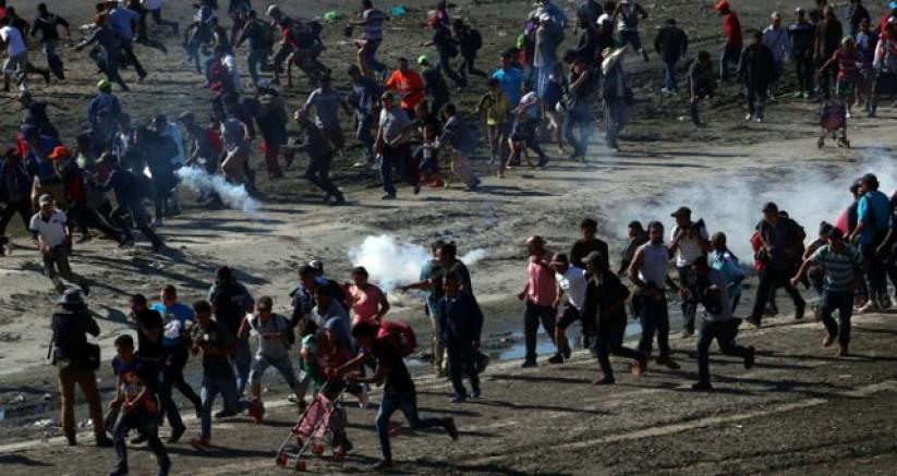 Esed Saldırdı, 124 bin sivil Suriye-Türkiye sınırındaki kamplara göç etti