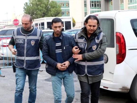 Eşine sokak ortasında şiddet uygulayan koca tekrar tutuklandı