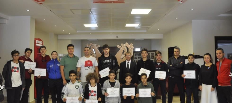 Gaziantep Kolej Vakfı'nda Başarıya Ödül