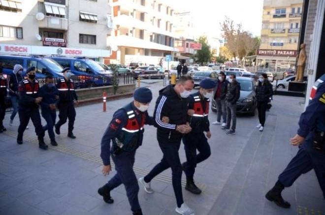 Gaziantep'te Göçmen Kaçakçılığı Operasyonu, 4 Kişi'den 3'ü Tutuklandı