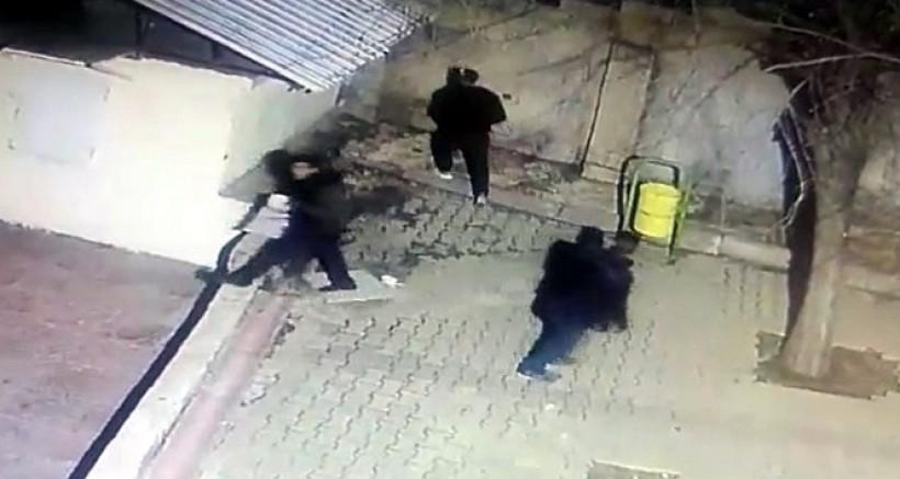 Gaziantep'te kablo hırsızları önce kameraya sonra polise yakalandı