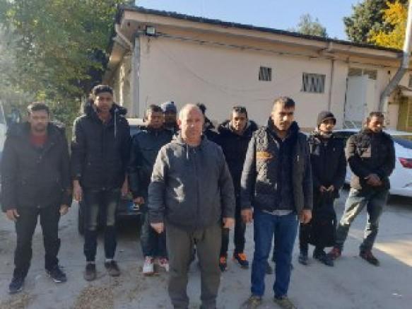 Gaziantep'te Kuzey Otoban'da 12 Düzensiz Göçmen Yakalandı