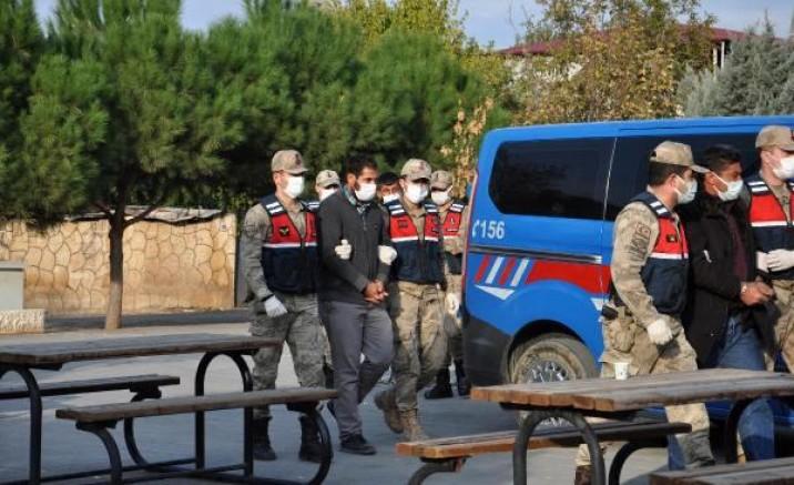 İslahiye'de gasp yapıp, zorla senet imzalatan 4 kişi tutuklandı