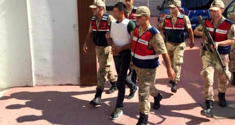 Köy Muhtarı, Köy Meydanı'nda Pompalı Tüfekle Öldürüldü