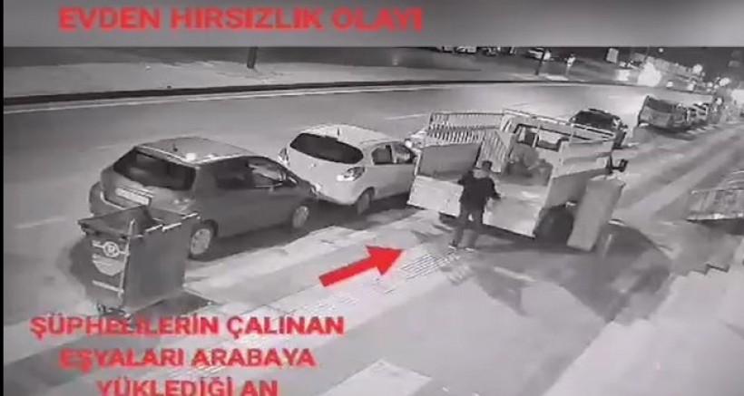Nizip'te çaldığı eşyaları kamyonete yükleyen şahıs kamerada