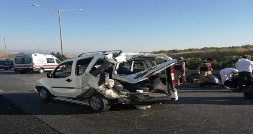 Nurdağı'nda Yolcu Otobüsü Kaza Ysptı, 5 Kişi Yaralandı
