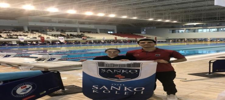 Sanko okulları yüzücüsü 3 Türkiye birinciliği ile milli takımda