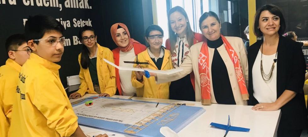 TBMM Komisyonu'ndan Gaziantep'teki Okullara Alkışı