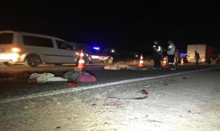 TIR İle Traktör Çarpıştı, 1 Kişi Öldü