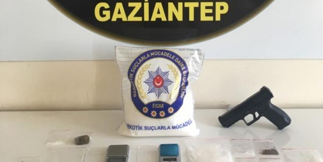 Uyuşturucu Satıcılarına Operasyon, 13 Gözaltı